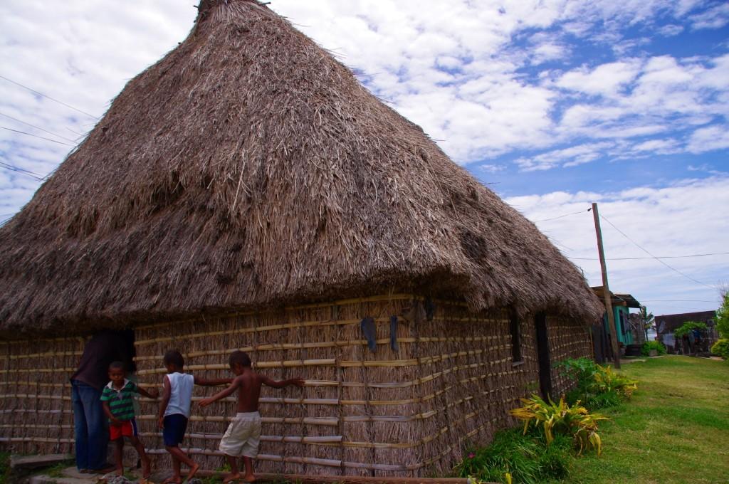 Im Gegensatz zur Hauptstadt sieht die traditionelle Unterkunft in den Dörfern ganz anders aus