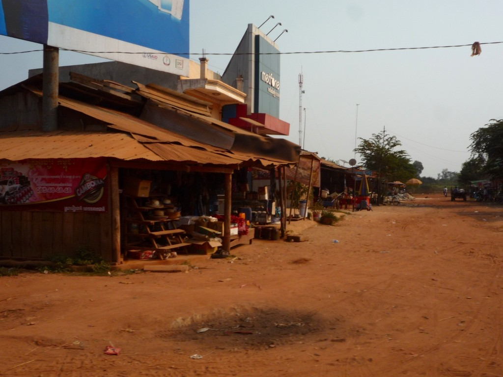 Die Ortsmitte mit einigen Einkaufsmöglichkeiten.