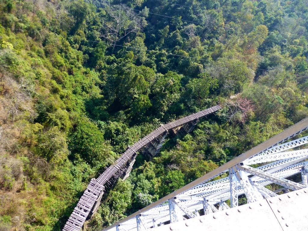 Gokteik Viaduct: Zwischen Pyin Oo Lwin und Hsipaw befindet sich die einstmals zweithöchste Eisenbahnbrücke der Welt.