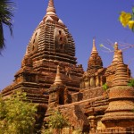 Bagan: Gerade solche entlegenen Aussichten an den Hintereingängen machen die Tempelbesuche auch beim Hundertsten noch interessant.