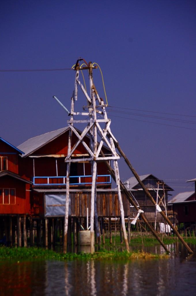 Inle-See: Innerhalb der nächsten 5 Jahre sollen noch ein paar Dörfer an das öffentliche Netz angeschlossen werden.